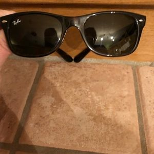 Unisex Ray Ban Sunglasses